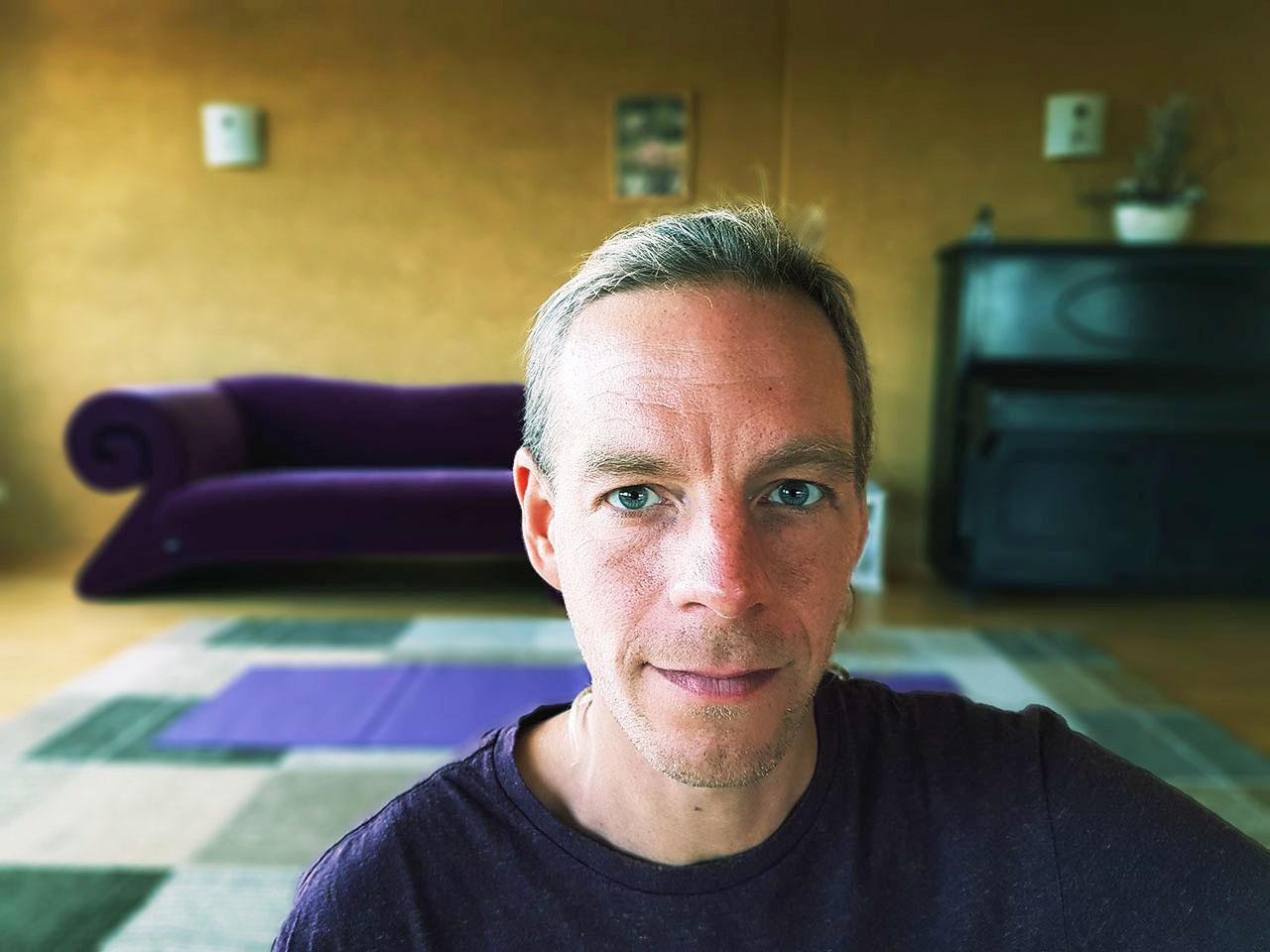 Simon Sureshwara Meditation and Yoga Teacher