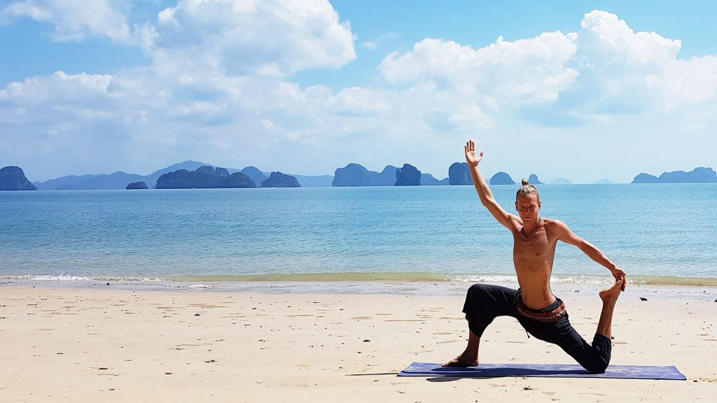 Simon Sureshwara, Instructor at Yoga Video Courses